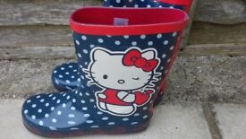 Brand new hello kitty wellington boots size 3