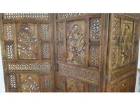 VINTAGE HEAVY WOODEN HAND CARVED INDIAN/MOROCCAN ROOM DIVIDER PRIVACY SCREEN