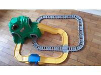 Little tikes road and rail