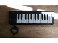 Korg - microKEY 25 Mini Key MIDI/USB Controller - Mint condition