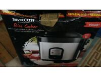 rice cooker (with box .. used once!)