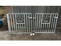Heavy Duty Garden Gates with Hinges