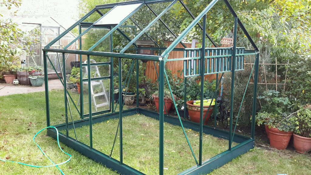 Greenhouse 8'x 6' Green powder coated aluminium Greenhouse. SOLD ROB