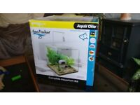 BRAND NEW - 25l Aqua Pendant aquarium perfect for aquascaping or new fish keepers