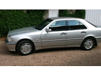 Mercedes C200 Elegance Auto Low mileage, FSH