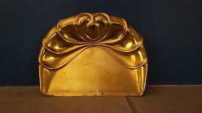 A Beautiful Brass Antique Art Nouveau Decorative Crumb Tray Lovely Shell Shape