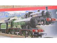Hornby R1097 Digital 00 gauge Train set '' EAST COAST PULLMAN '' Excellent condition