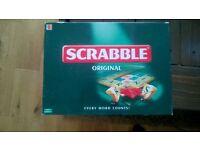 Scrabble original board game (age 10+)
