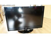 LG 42'' LCD TV 42LH3000 1080P Freeview Full HD VERY GOOD CONDITION