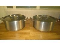 2 big used pots for free