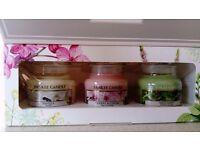 Yankee candle small jar gift set