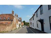 Lovely Two Bed Cottage in Westbury , Wiltshire