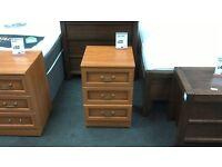 Bedside cabinet 3 drawers in teak - British Heart Foundation