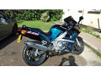 £1100 may swap for a 125 kawasaki zzr 600 very clean ready for summer!!!!