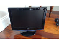 "Samsung 23"" Screen Size with Nikai sender and receiver"