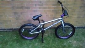 Mongoose bmx, excellent condition, hardly ever used