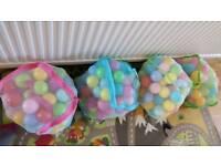 4x bags plastic play balls for kids