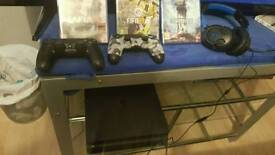 Ps4 games controllers and head set for sale