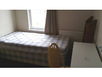 New Double bedrooms, 3 bathrooms, Bullingdon Road, Cowley Road, Tesco,Sainsbury, £575pcm.