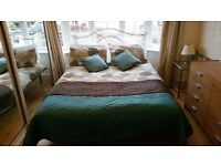 Isleworth TW7. Large spacious room to let in Friendly Isleworth house.