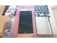 HTC M8 Smartphone 16GB Gold Colour Unlocked Mint Condition £150