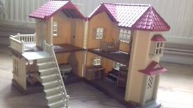 Sillvanian Family - Beechwood Hall with some furniture - As new but no box