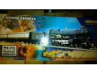Hornby cornish riviera express train set