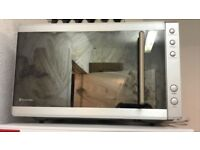 Russell Hobs Microwave IMMACULATE CONDITION!