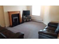 Large, Clean & Modern 4-bedroom House in Withington, near Didsbury - close to all transport links