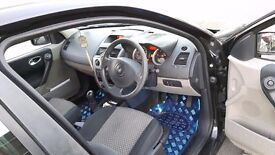 Renault megane 1.5 dci engine £30 road tex mot 5 month clean body and no dent black