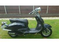 2010 125cc moped. Project. Read the notes before calling. Can deliver for fuel