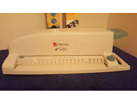 Rexel CB105 Personal comb binder with 2 boxes of rings.