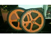 "Bmx 20"" mags black and orange"