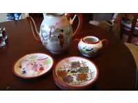 KUTANI JAPANESE CHINA TEA POT SAUCER / PLATE SET HAND PAINTED
