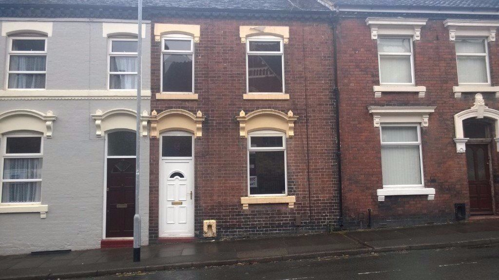 **TO LET** 3 BEDROOM HOUSE - HANLEY - EASTWOOD PLACE - NO DEPOSIT - DSS ACCEPTED - PETS WELCOME