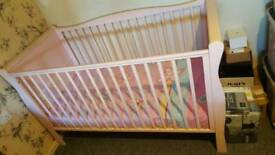 Beautiful sleigh style cot bed