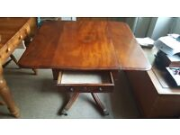 Gorgeous Georgian mahogany table in good condition