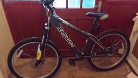 Saracen Blitz 7005 Aluminium Jump bike ( 4 months old like new )