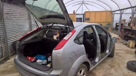 breaking ford focus 1.6 diesel all parts available