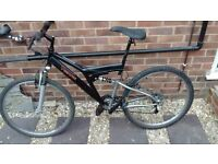 "Diamondback Mountain bike 26"" wheels"