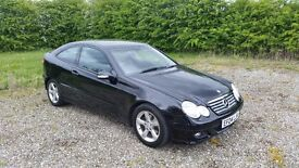 Mercedes Benz C180 Kompressor Sport * FSH * Low Mileage * Lady Owner