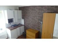 Bills Included Bedsit Near Town Centre NOW AVAILABLE!!!