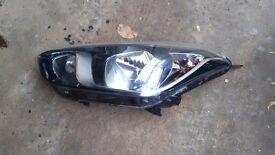 Hyundai IX 20 headlamp headlight right side