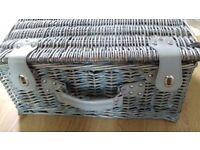 Wicker picnic hamper (Lovely light blueish grey)
