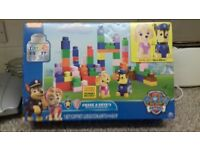 "PAW PATROL ""Chase and Skyes"" Build and Play Block Set NEW/BOXED"