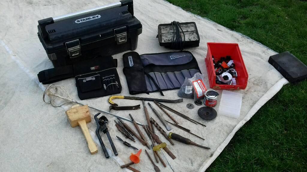 Stanley tool box, new tool belt, random tools, Stanley crowbar