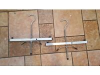 A Pair of Ladder Clamp for Vans and Cars