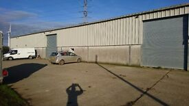 Warehouse, office space to rent, Liskeard, Cornwall. Access to renewable energy - £2.50 a sq ft