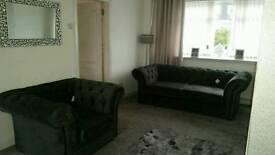Luxurious Chesterfield 3 seater and 1 seater suite