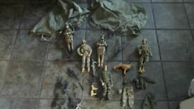 5 Large Military Toy Figures & Accessories